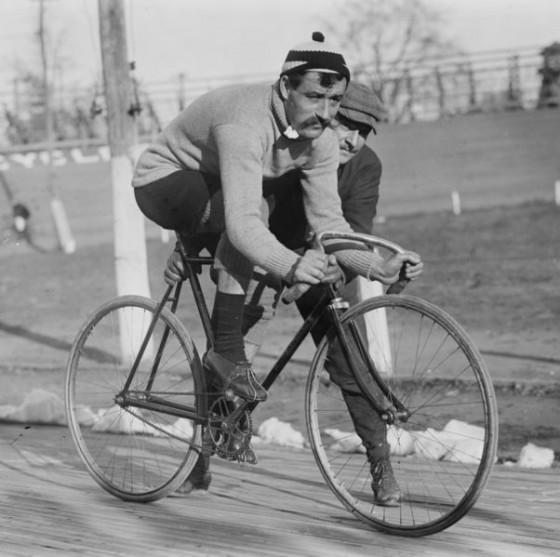 602px-cyclist_l_georget_loc_04379