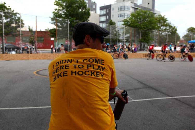 http://www.milanofixed.com/wp-content/uploads/2010/07/hockey.jpg